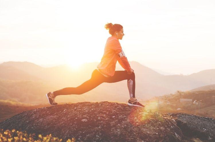 Hábitos saludables para cuidar el cuerpo y la mente: consejos de expertos y costumbres saludables en el plano físico, emocional y psicosocial.